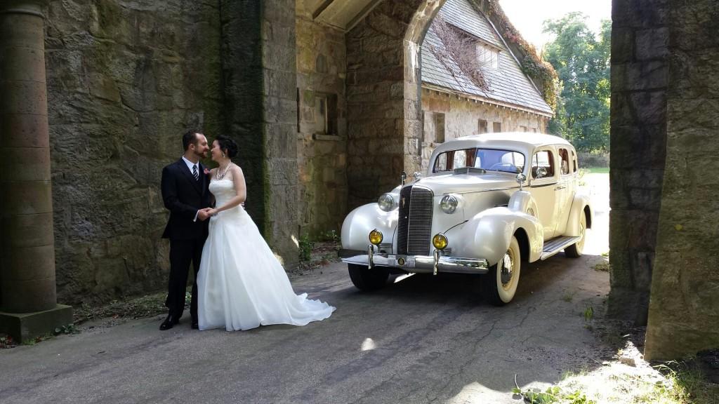 cadillac-wedding_b53fdcc4-5478-4373-8ff0-f16bf13ac055-1024x576